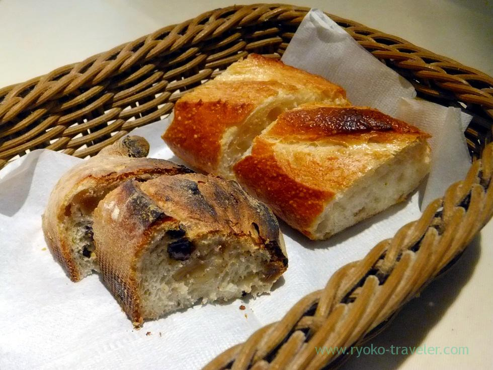 Bread, La Porte Rouge (Kiba)