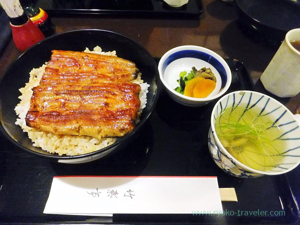 Eel bowl B, Chikuyotei Honten (Tsukiji)