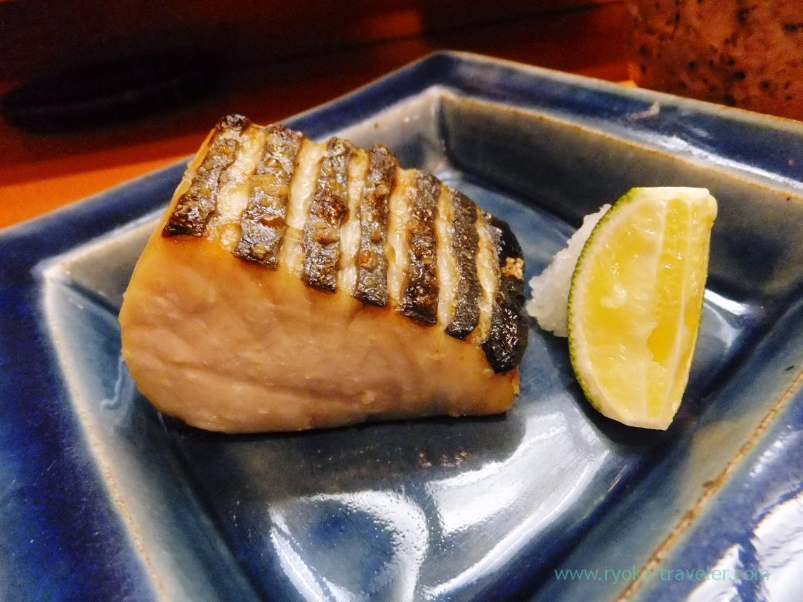 Grilled Spanish mackerel with salt, Miyakozushi (Bakuro-Yokoyama)
