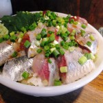 Tsukiji : Two species of sashimi bowl at Hajime Sengyo-ten (はじめ鮮魚店)