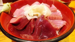 Tsukiji : Tuna bowl at new Kashigashira (河岸頭)