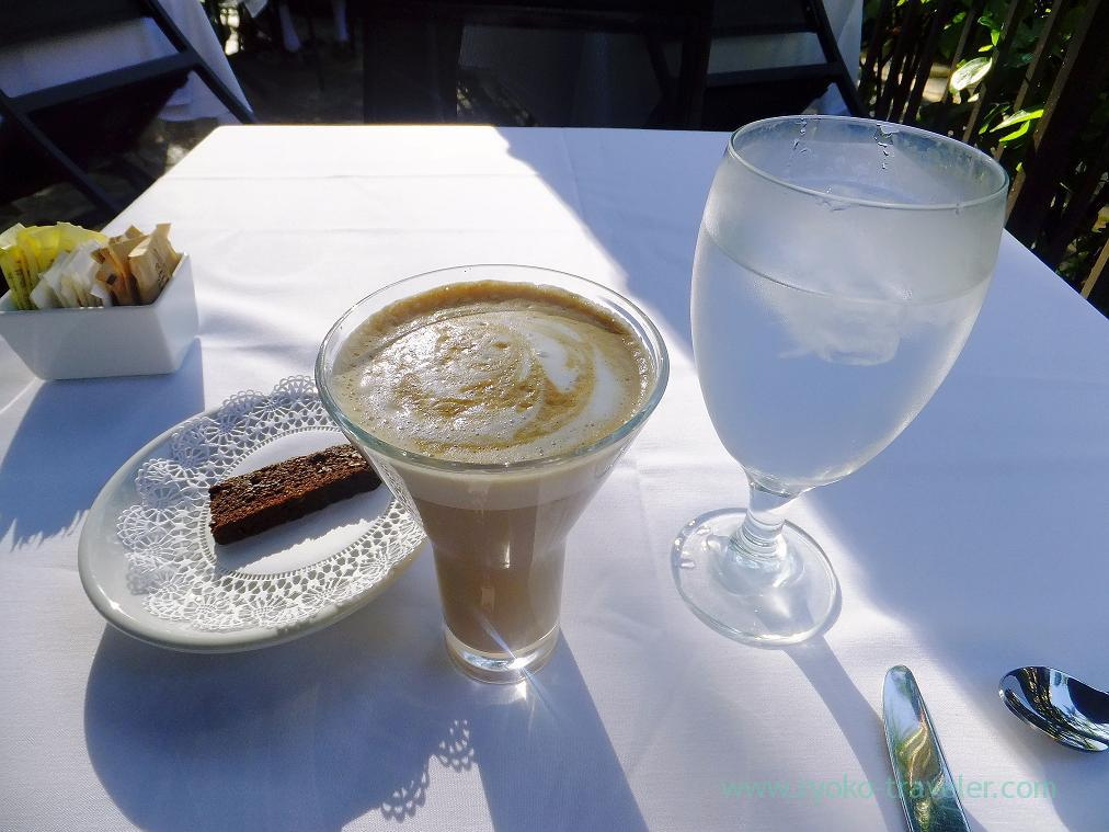 Cafe latte, water and chocolate cake, IL PINO (Honolulu2014)