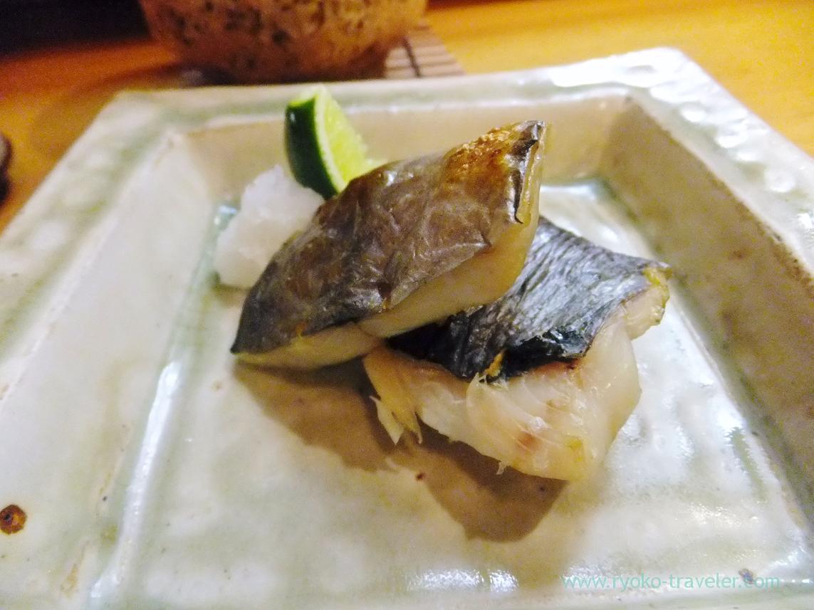 Grilled Japanese butterfish with salt, Miyakozushi (Bakuro-Yokoyama)