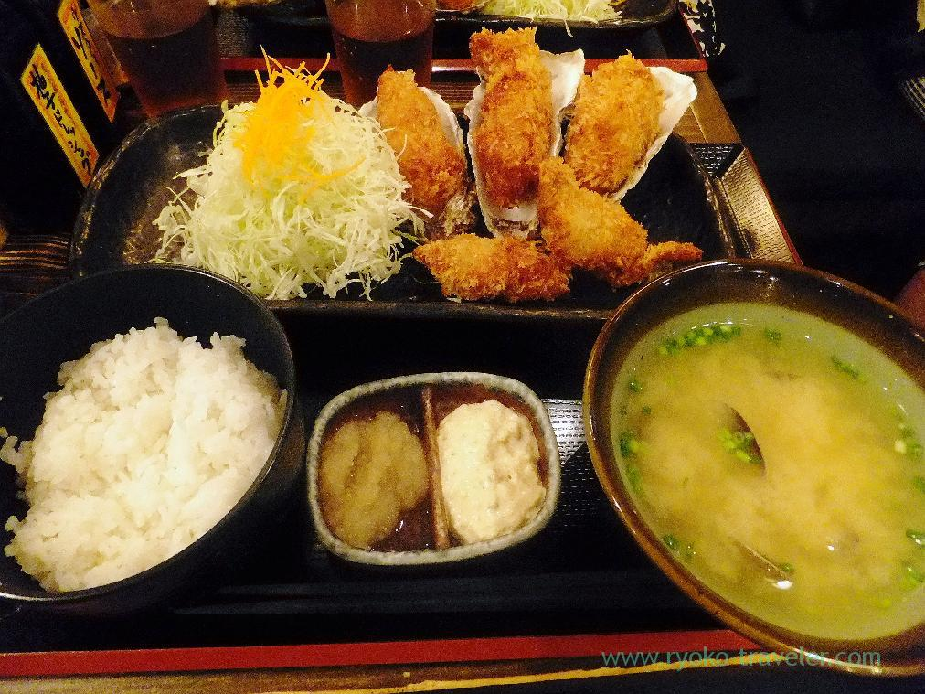 Deep fried oyster set, Hokkaido Akkeshi Nihonbashi-honten (Nihonbashi)