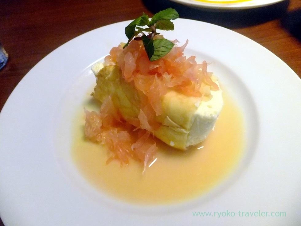 No-bake cheesecake roll with crepe, and campari and citrus sauce, Cracca italian (Tsudanuma)