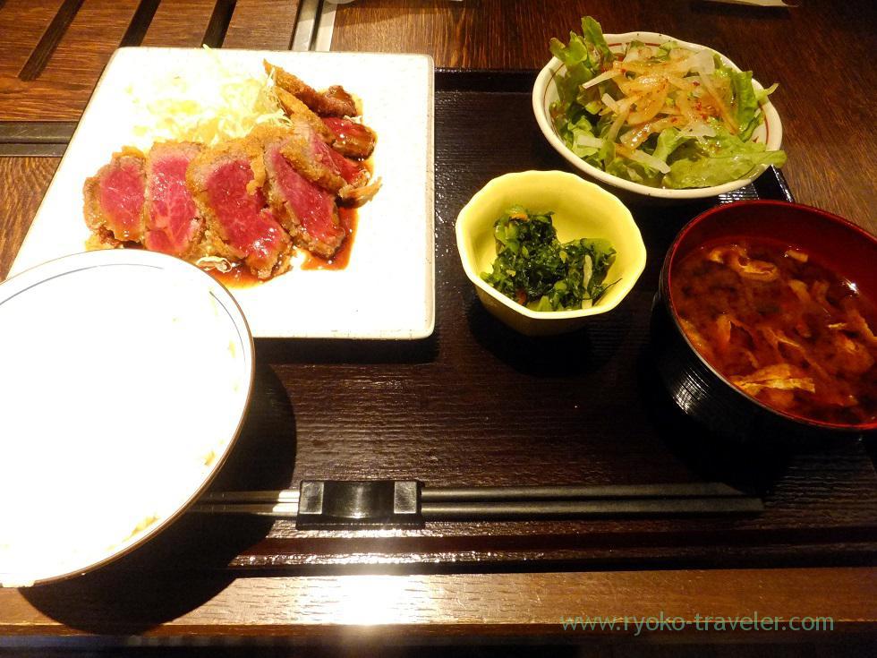 Beef cutlet set, Yamagatayama Tsukishima branch (Tsukishima)