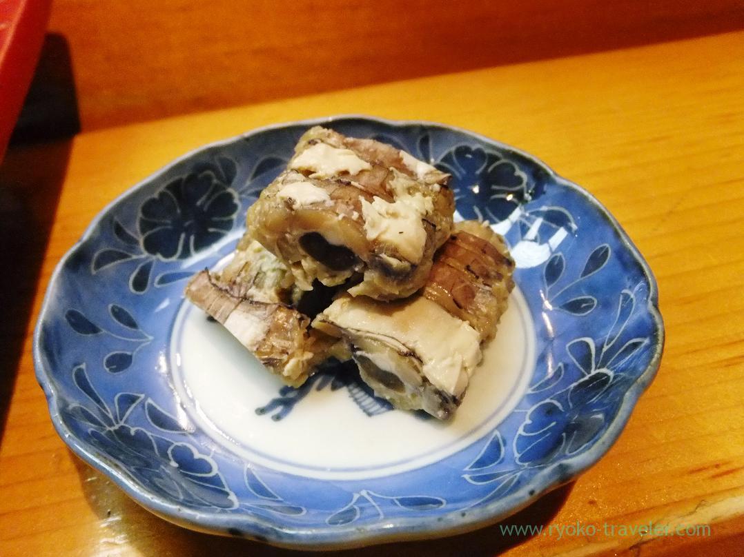 Mantis shrimp with its eggs, Miyakozushi (Bakuro-Yokoyama)