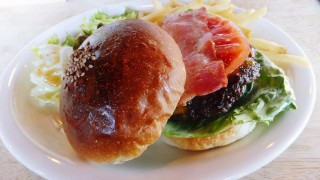 Kachidoki : Boston hamburger at Shares