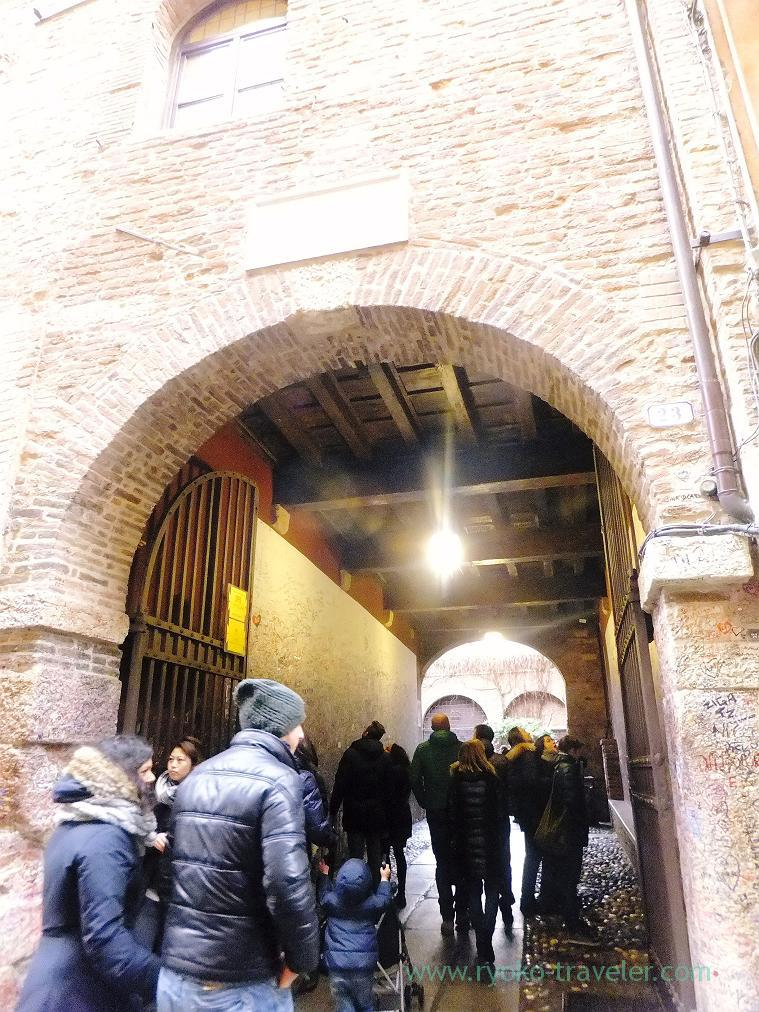 Entrance, Juliet's home, Verona (Trip to italy 2015)