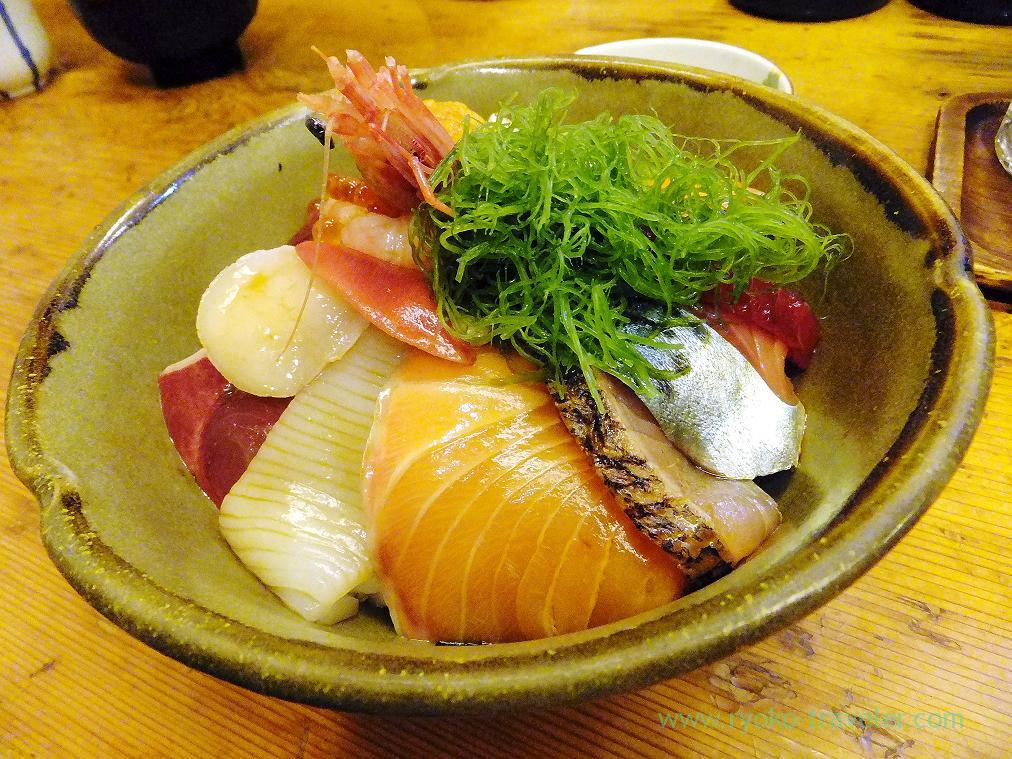 (Trip to Izu 2015 to see the earliest plum blossoms in Kanto area ) Seafood bowl1, Nishiki (Izu Atagawa)