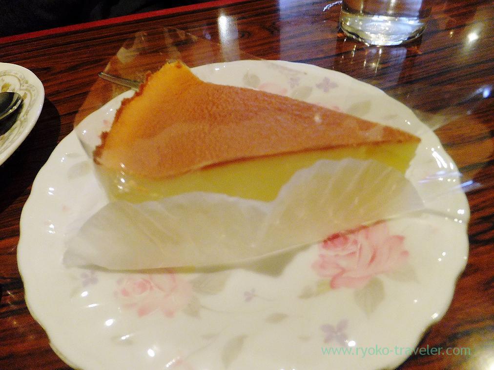 Baked cheesecake, Cafe Mona liza (Funabashi)