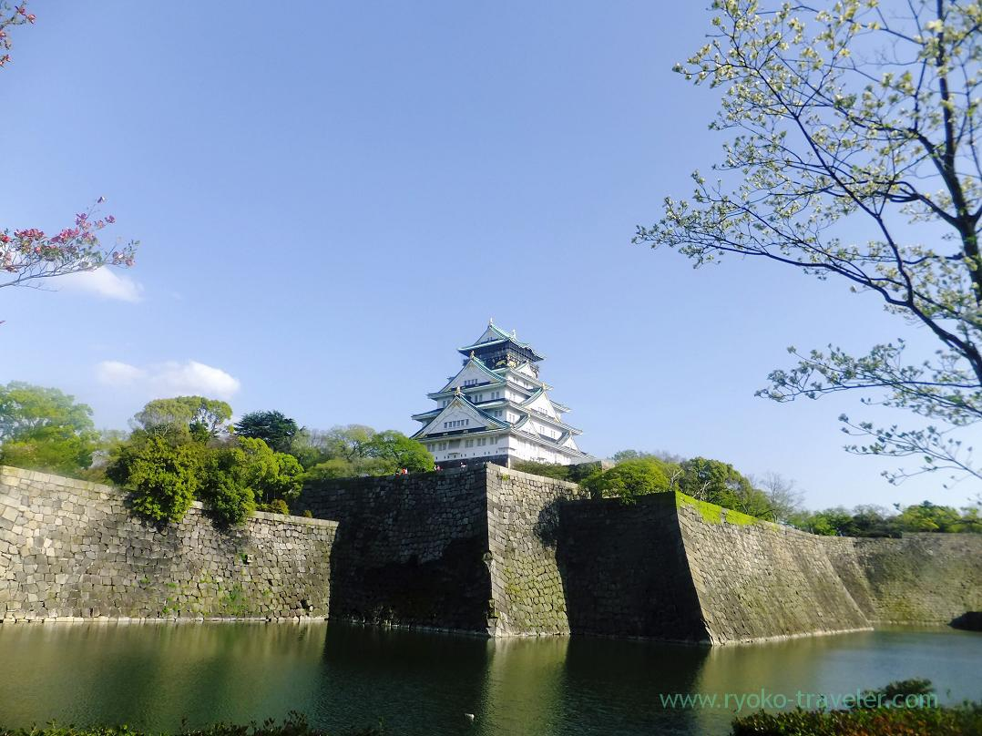 Castle and moat, Osaka-jo castle, Osaka-jo park (Trip to Osaka 201504)