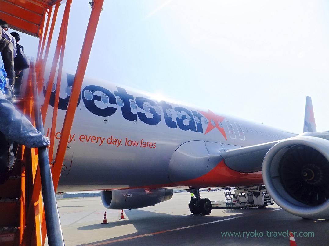 Jetstar airline, Narita (Trip to Osaka 201504)