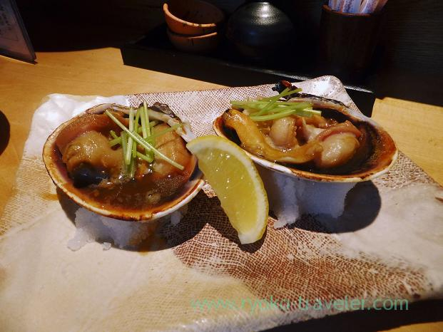 Grilled big asari clam with soy sauce, Sakana-ya Hidezo Nanba branch, Tennoji (Trip to Osaka 201504)