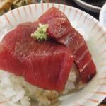 Tsukiji Market : Tuna sashimi at Yonehana