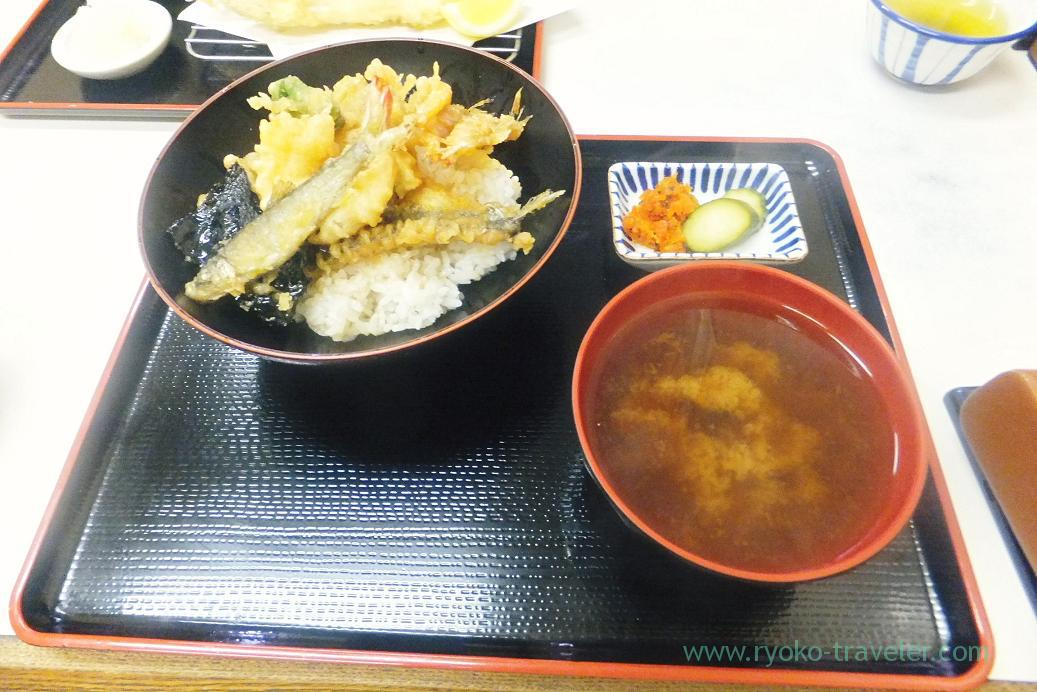 Tendon and shijimi clam soup, Tenfusa (Tsukiji Market)