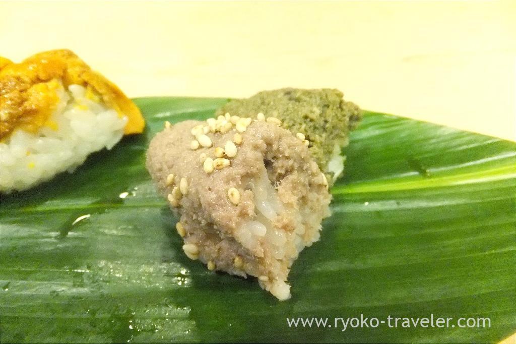 Minced sea bream and abalone innards, Okeisushi (Omotesando)