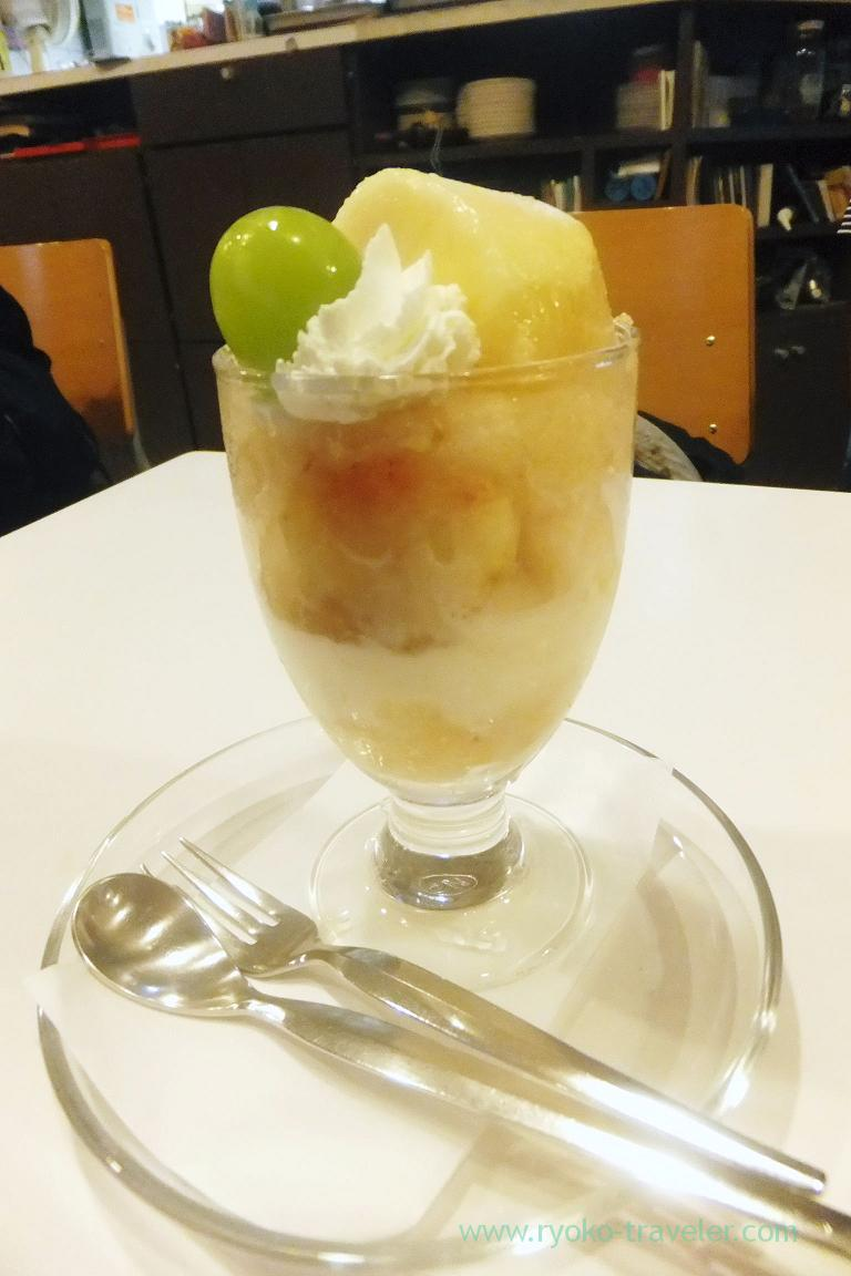 Peach parfait, Fukunaga Fruits Parlor (Yotsuya Sanchome)