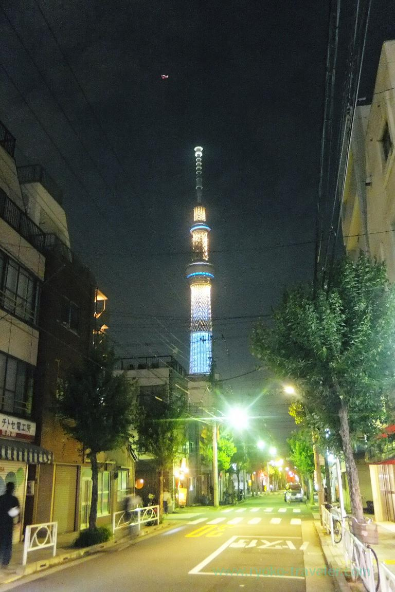 Tokyo skytree in front of the restaurant, Tokichi (Kinshicho)