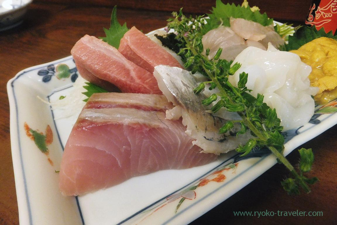 Yellowtail side of five species of assoted sashimi, Kato (Tsukiji Market)
