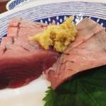 Tsukiji Market : Bonito sashimi and takikomi gohan