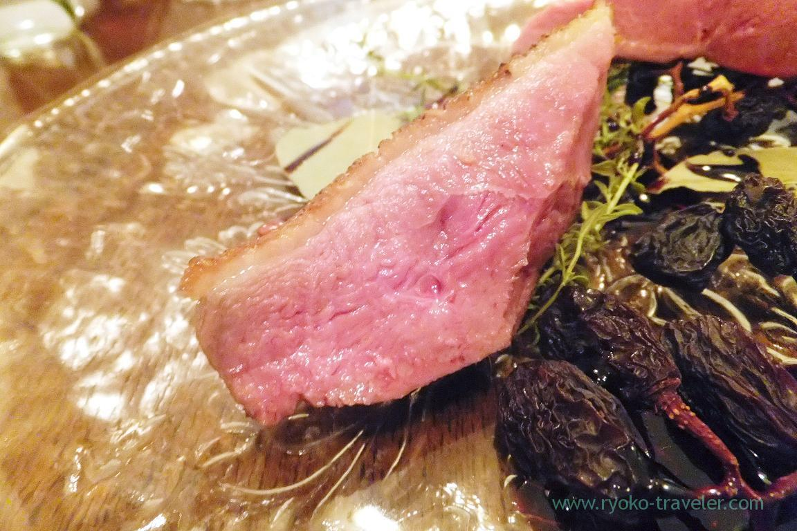 Closer Roasted ducks brisket with dried grape, cassis and wild herb, il tram (Kiyosumi-Shirakawa)