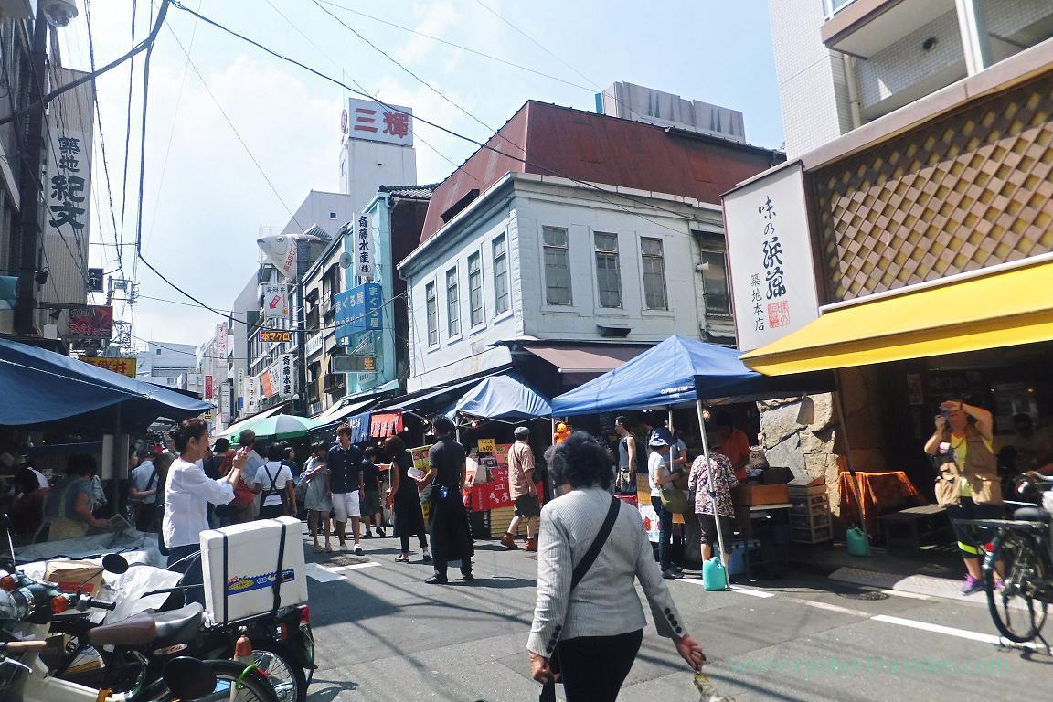 Crowded street, Tsukiji Outer market (Tsukiji)