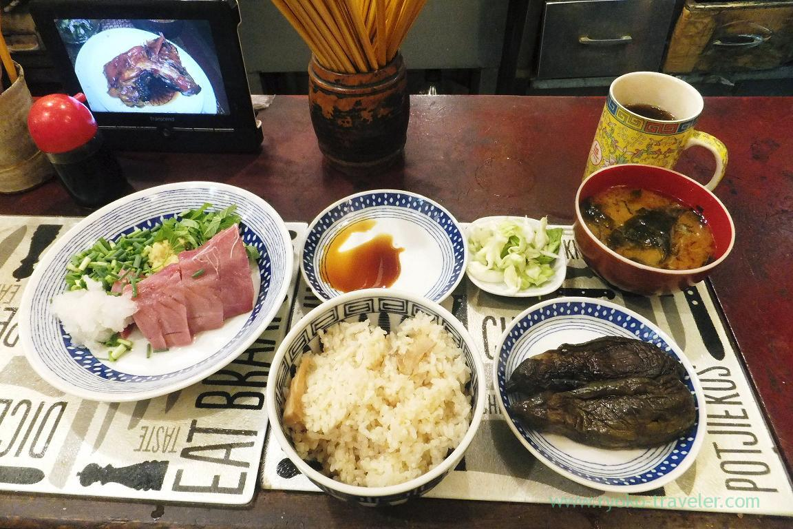 My breakfast, Yonehana (Tsukiji market)