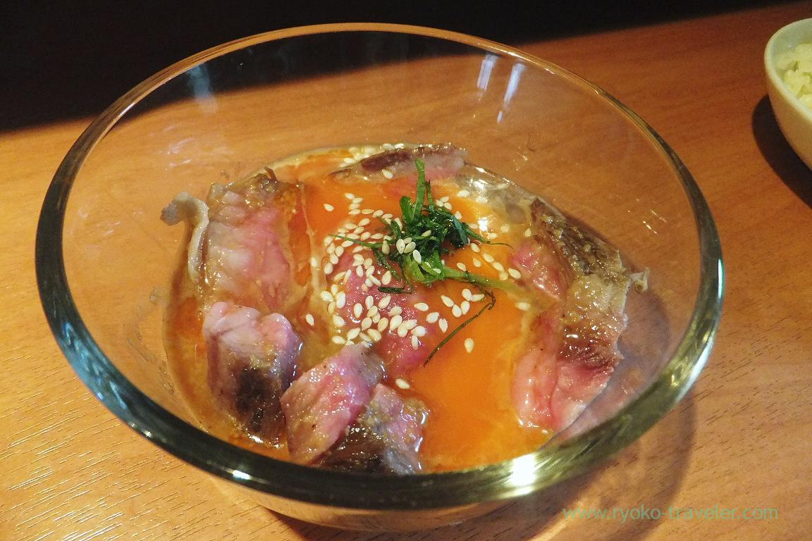 Roasted A5 rank of Sendai beef coated with yolk, Dining bar Gracia (Asakusabashi)