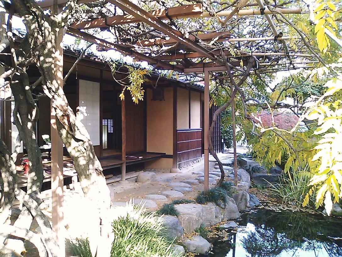 Architecture ,Koshinan, Matsuyama (Ehime 2010)