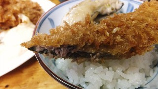 (Moved) Tsukiji Market : Saury and oyster together on the table at Odayasu (小田保)