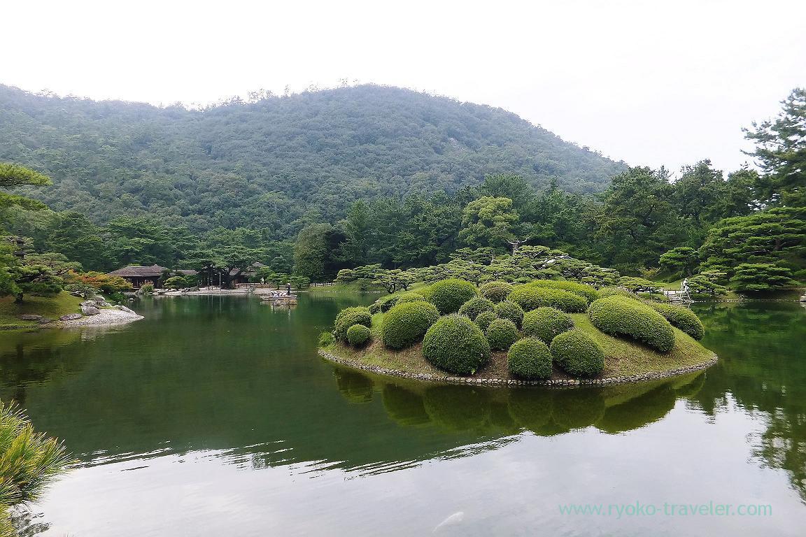 Nanko lake, Ritsurin garden, Udon tour managed by Kotosan bus,(Takamatsu 2015)