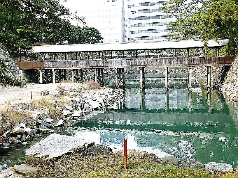 Sayabashi bridge, Tamamo garden, Takamatsu (Kagawa & Tokushima 2011)
