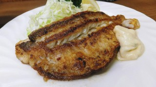 (Moved) Tsukiji Market : Fried tilefish with butter at Odayasu (小田保)
