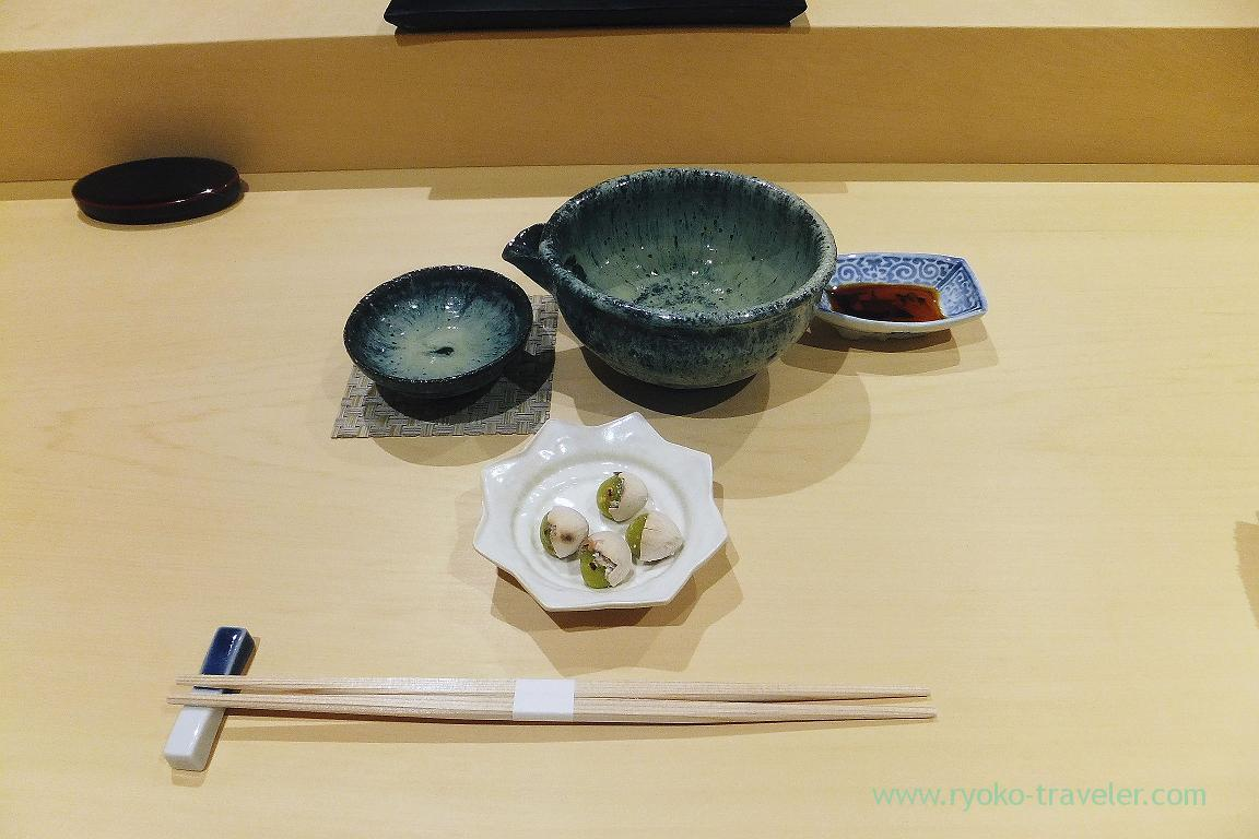My japanese sake and gingko nuts, Sushi Hashimoto (Shintomicho)