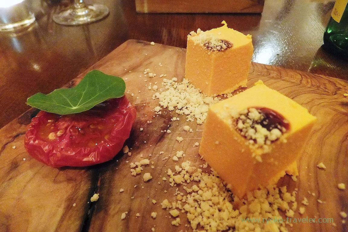 Kurenai carrot's panna cotta with home grown tomato and nuts, il tram (Kiyosumi Shirakawa)