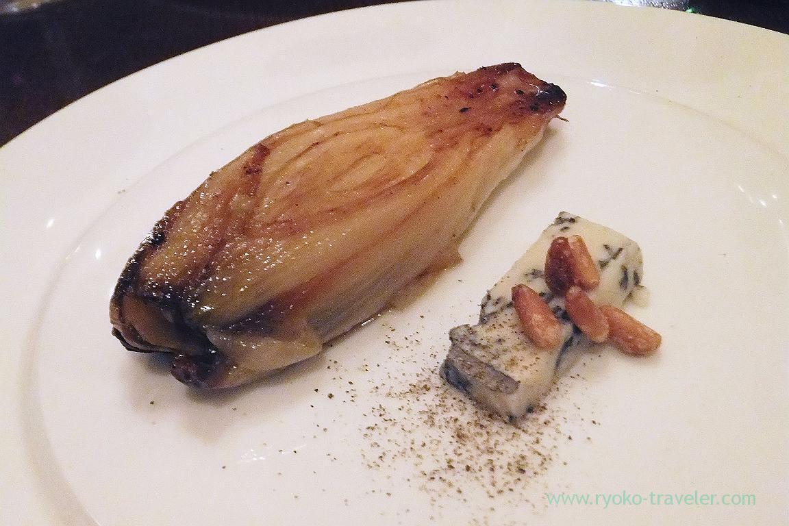 Roasted chicory with gorgonzora picante, il tram (Kiyosumi SHirakawa)