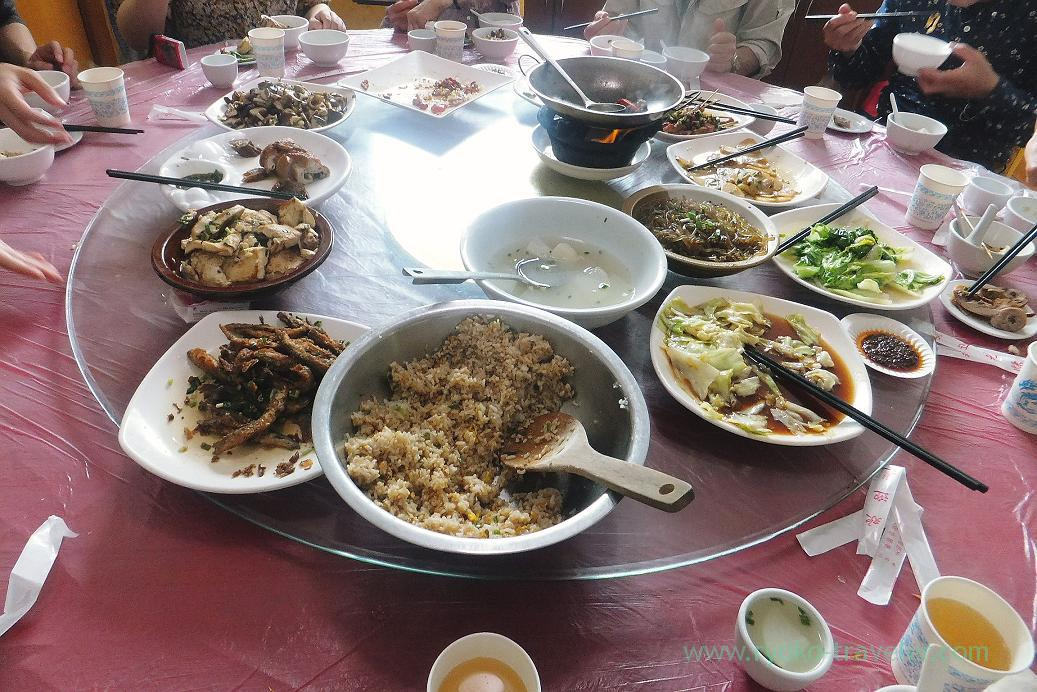 Lunch, Restaurant ,Zhangjiajie(Zhangjiajie and feng huang 2015)