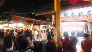 Kaohsiung 2015 : Hanshin department store and Ruifeng night market (瑞豊夜市)