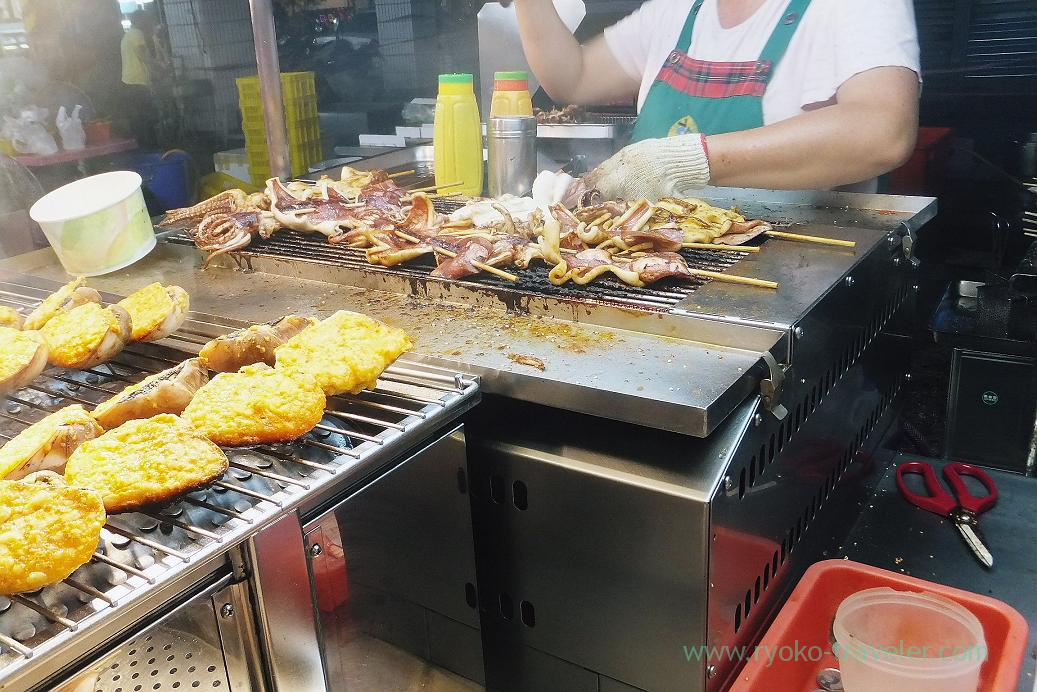 Grilled squid shop, Liuhe night market, Kaohsiung, Taiwan Kaohsiung 2015