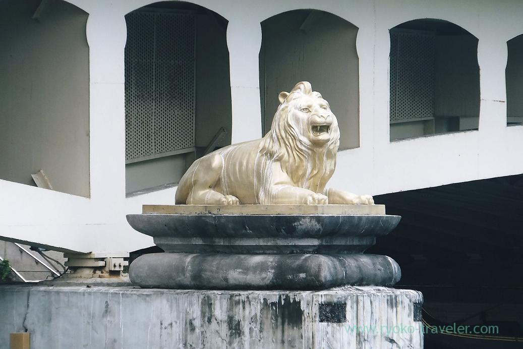 Lion, Love river, City council station, Kaohsiung, Taiwan Kaohsiung 2015