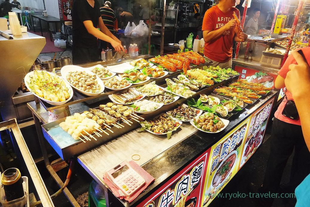 Lots of seafood2, Liuhe night market, Kaohsiung, Taiwan Kaohsiung 2015