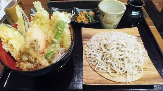 Keisei Okubo : Soba and tempura bowl at Kurumian (くるみ庵)