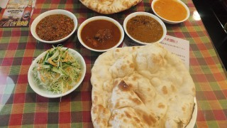 Makuhari : Indian lunch time at Dewan (デュワン)