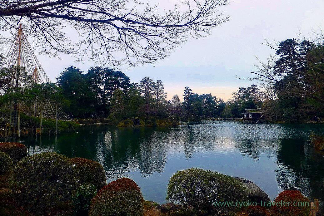 Pond, Kenrokuen, Kanazawa (Hokuriku&Tokai 2016)