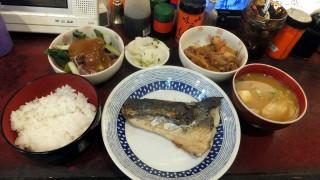 (Moved) Tsukiji Market : Firefly squid at Yonehana (築地 米花)