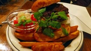 Center 4 hamburgers (センター4ハンバーガーズ) in Takayama
