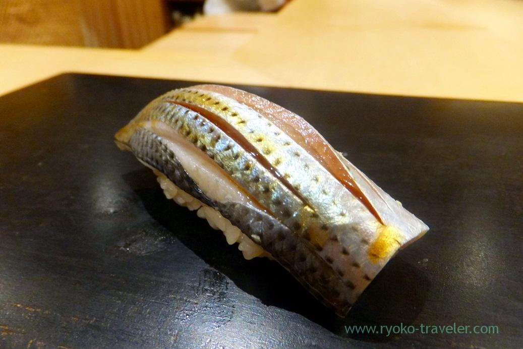 Medium-sized gizzard shad named Kohada, Sushi Hashimoto (Shintomkcho)