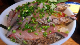Tsukiji : Spanish mackerel and sardine at Hajime Sengyo-ten (はじめ鮮魚店)