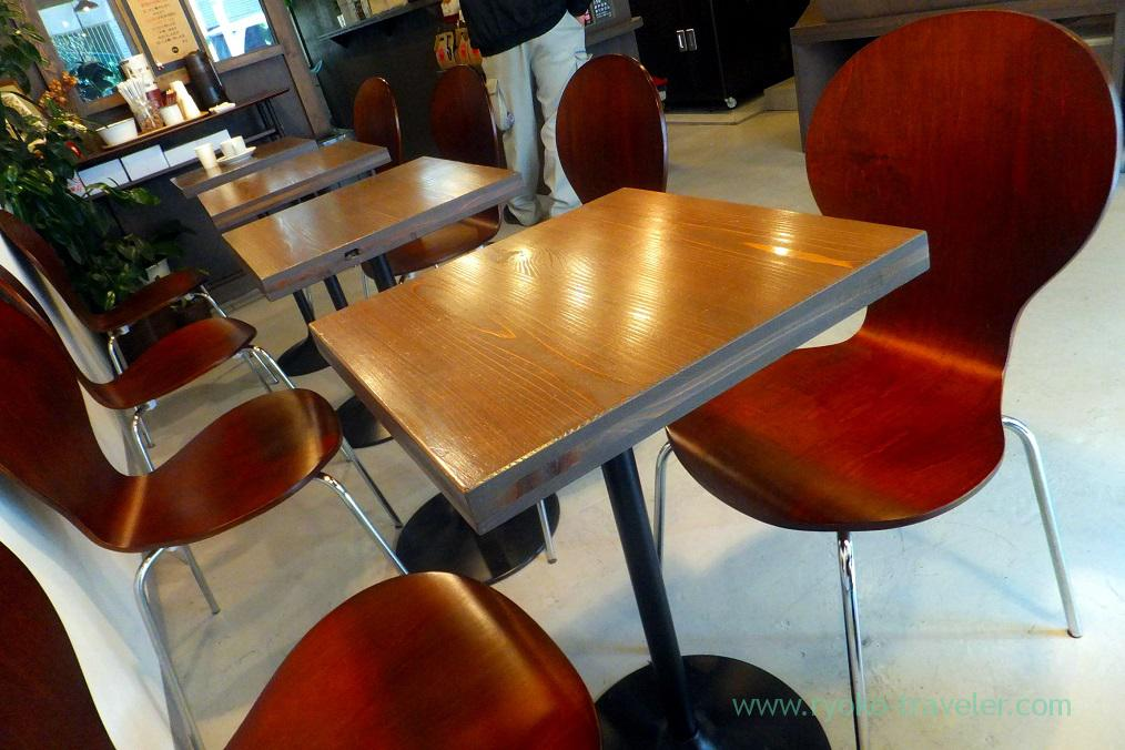 Table, Yanaka Coffee-ten Shiba-daimon branch (Daimon)